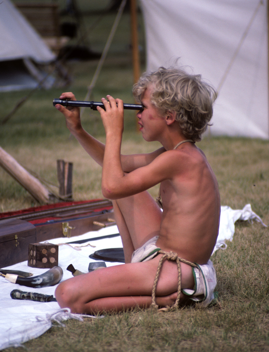 loincloth  boy Loinclothed hobby; Obrázek dne - the picture od the day - 'awa rel -